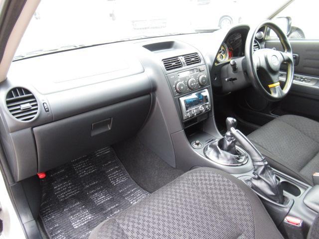 RS200 リミテッド 後期 6速MT  純正エアロ 純正17インチアルミ 純正マフラー HIDヘッドライト 社外CDデッキ キーレス(50枚目)