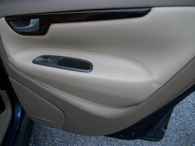 ボルボ ボルボ S60 2.4T 本革メモリィーPシートサンルーフETC