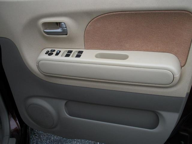 運転席側ドア内張りです!