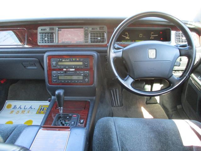 標準仕様車 デュアルEMVパッケージ パールホワイトオールペン・エアサス・20インチアルミ・電動格納ミラー(9枚目)