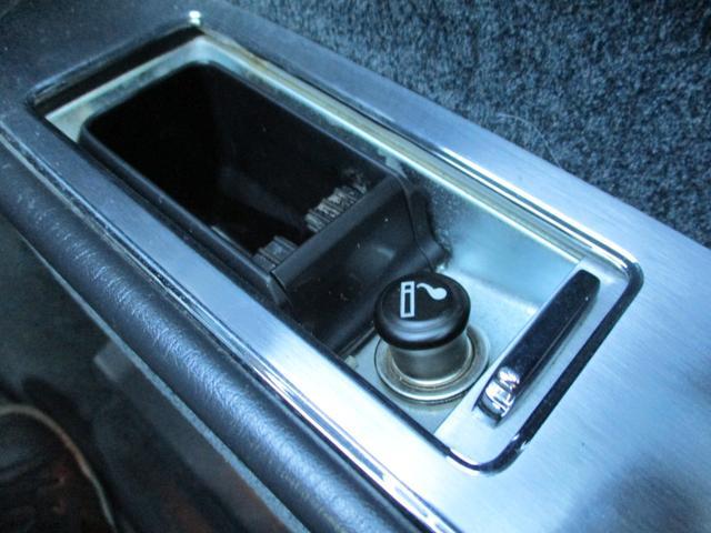 標準仕様車 デュアルEMVパッケージ パールホワイトオールペン・エアサス・20インチアルミ・電動格納ミラー(32枚目)