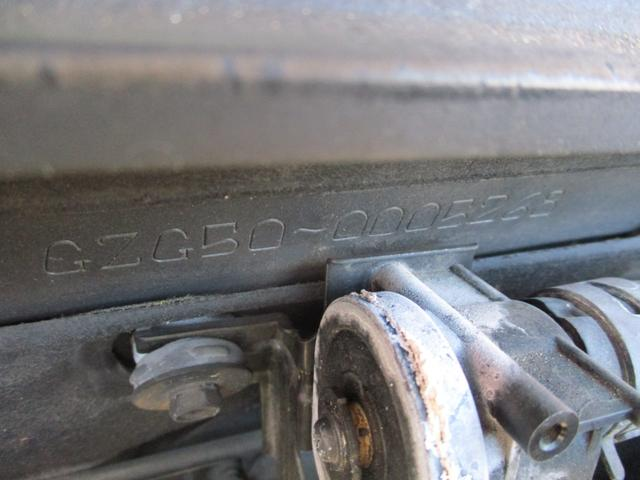 標準仕様車 デュアルEMVパッケージ パールホワイトオールペン・エアサス・20インチアルミ・電動格納ミラー(56枚目)