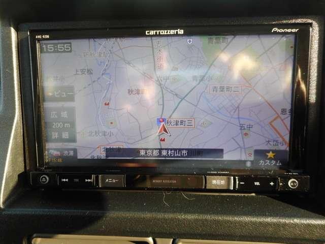 トラックにもナビが装備されています、カロッツェリアナビ、AVIC-RZ06!