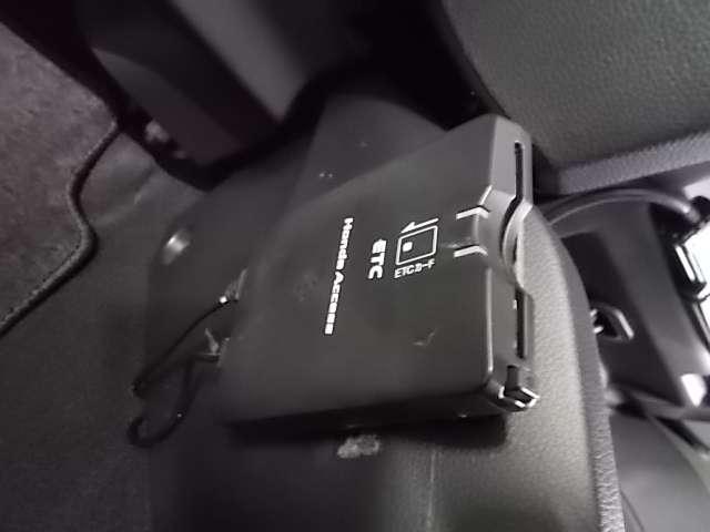 Fパッケージ 純正ナビ Fカメラ Rカメラ(11枚目)