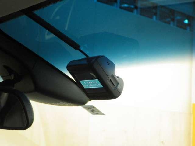 ハイブリッドアブソルート・ホンダセンシング 本革シート 8インチナビ LED 1オーナー 禁煙車 ETC メモリーナビ 衝突軽減 ナビTV フルセ 両側自動ドア Bカメラ(15枚目)