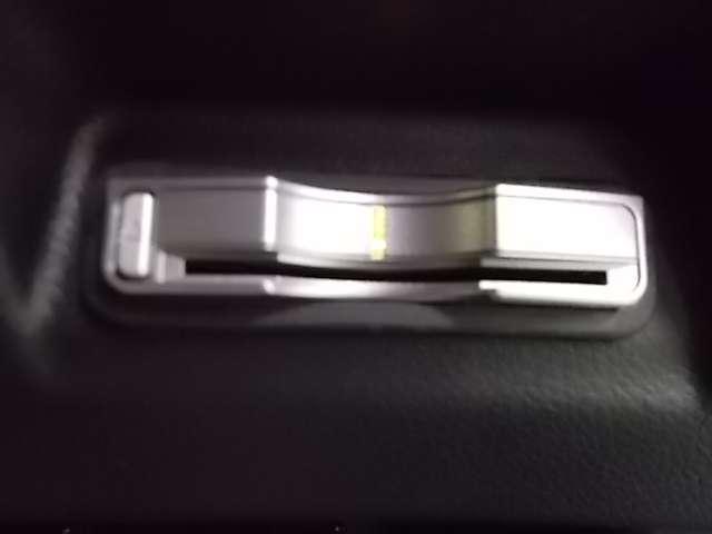 RS CMBS ACC LEDヘッドライト バックモニター LEDヘッドライト スマートキー 禁煙車 ETC メモリーナビ キーレス ナビTV CD ターボ車 衝突被害軽減装置 サイドSRS ワンセグTV(13枚目)