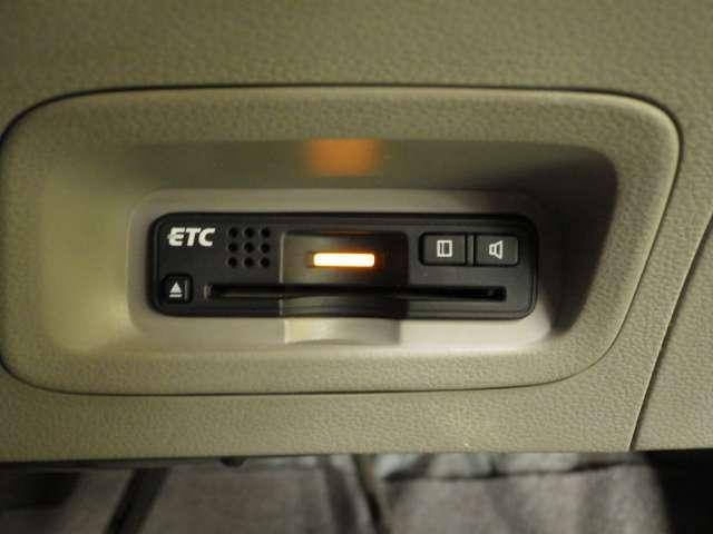G HDDナビ Rカメラ ETC CD再生 HDDナビ ETC 記録簿 ワンセグ エアバック TVナビ ABS PS PW オ-トエアコン バックモニタ ワンオーナ車 両席エアバッグ DVD再生可能(12枚目)