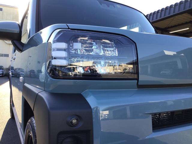 X スカイフィールドトップ/LEDヘッドライト/電動パーキングブレーキ/ステアリングスイッチ/オートライト/バックカメラ/コーナーセンサー/カーテンエアバッグ/キーフリー/アイドリングストップ(4枚目)