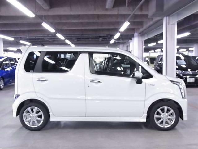 ハイブリッドX 衝突軽減ブレーキ シートヒーター ストラーダSDナビ Bluetooth フルセグTV ヘッドアップディスプレイ LEDヘッドライト スマートキー CD・DVD スペアキー・保証書・取扱説明書・記録簿(8枚目)