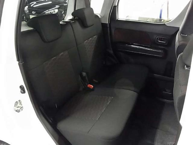 ハイブリッドX 衝突軽減ブレーキ シートヒーター ストラーダSDナビ Bluetooth フルセグTV ヘッドアップディスプレイ LEDヘッドライト スマートキー CD・DVD スペアキー・保証書・取扱説明書・記録簿(13枚目)