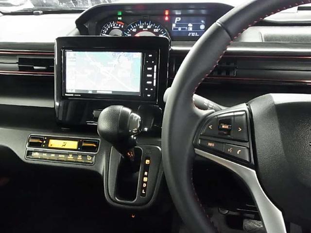 ハイブリッドX 衝突軽減ブレーキ シートヒーター ストラーダSDナビ Bluetooth フルセグTV ヘッドアップディスプレイ LEDヘッドライト スマートキー CD・DVD スペアキー・保証書・取扱説明書・記録簿(17枚目)