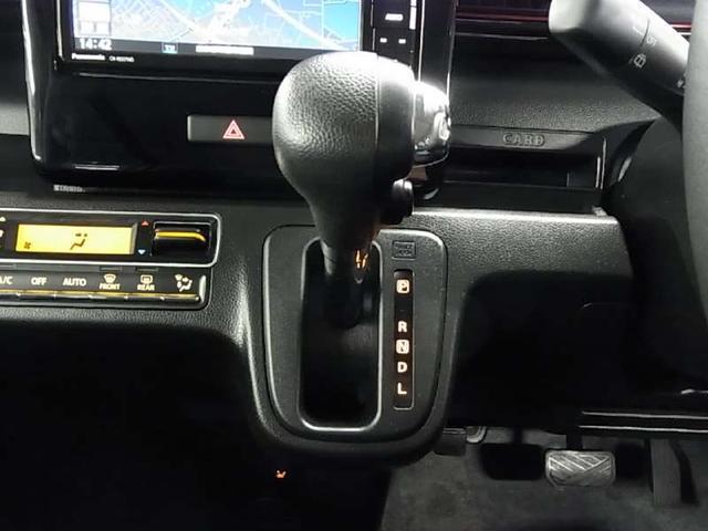 ハイブリッドX 衝突軽減ブレーキ シートヒーター ストラーダSDナビ Bluetooth フルセグTV ヘッドアップディスプレイ LEDヘッドライト スマートキー CD・DVD スペアキー・保証書・取扱説明書・記録簿(18枚目)