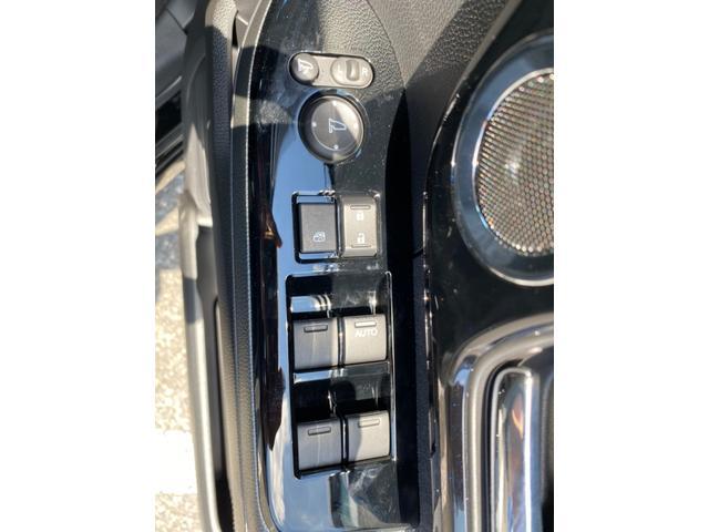 L ホンダセンシング コーナーセンサー シートヒーター 自動スライドドア エアロ アルミ リアスポ バックカメラ LEDヘッドライト 禁煙車 保証書 USB 衝突軽減 レーンキープ アダプティブクルコン(26枚目)