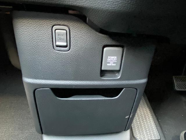 L ホンダセンシング コーナーセンサー シートヒーター 自動スライドドア エアロ アルミ リアスポ バックカメラ LEDヘッドライト 禁煙車 保証書 USB 衝突軽減 レーンキープ アダプティブクルコン(33枚目)