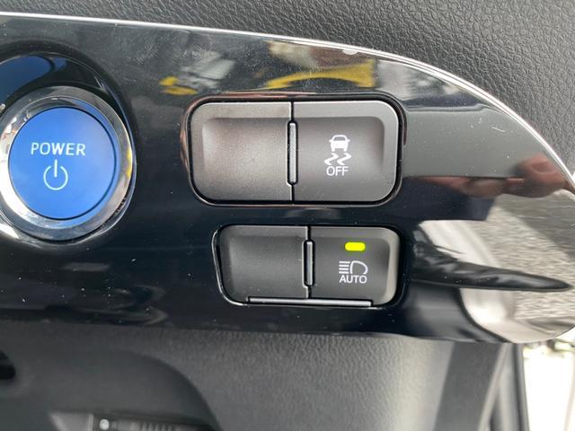 Sツーリングセレクション 禁煙 衝突被害軽減 レーンアシスト LED オートライト コーナーセンサー 純正9インチSDナビ フルセグ CD DVD MSV BTオーディオ ETC バックカメラ TRDフルエアロ 純正17AW(27枚目)