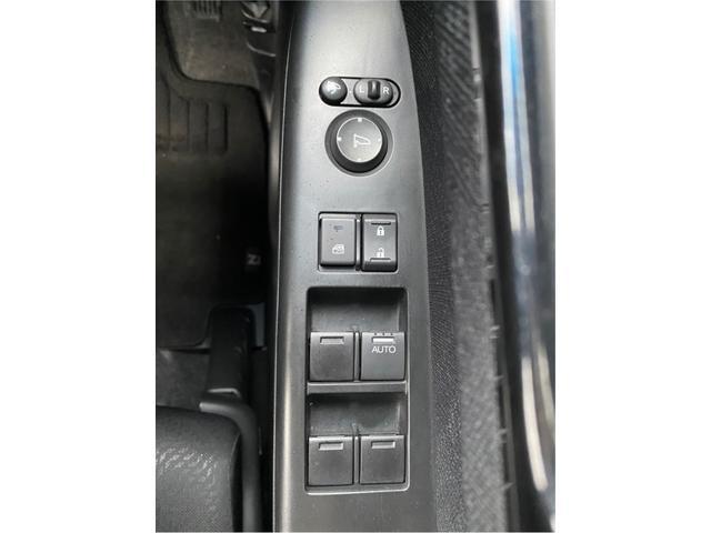 G・ターボパッケージ 禁煙 ターボ付 ツインモニター 両側電動スライド モニター付きオーディオ フルセグ CD DVD バックカメラ ETC クルコン 純正15インチアルミ 純正エアロ Wエアバッグ ABS(32枚目)