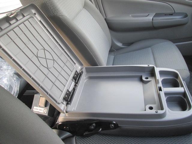 日産 NV350キャラバンバン DX ディーゼルターボ ナビ バックモニター付き