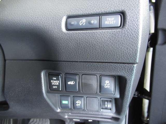 20X 3列車 4WD ナビ+アラウンドビューモニター ETC2.0 ドライブレコーダー プロパイロット LEDヘッドライト 試乗車(6枚目)