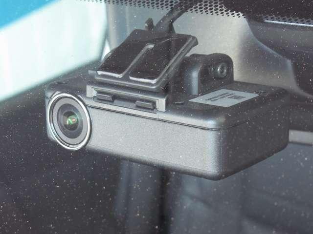 モード・プレミアi 2列車 4WD ナビ+アラウンドビューモニター 本革シート プロパイロット ドライブレコーダー シートヒーター(8枚目)