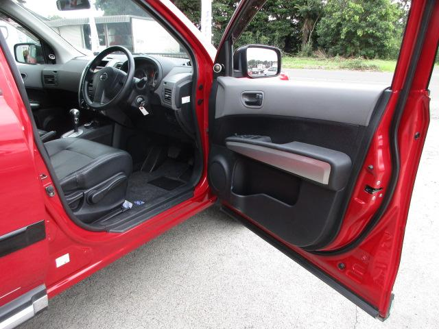 日産 エクストレイル 20S 4WD ハイパールーフ3インチリフトアップ 16AW