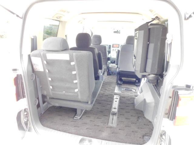 シャモニー4WD両側電動スライドドア1オーナー禁煙車7人乗り(18枚目)