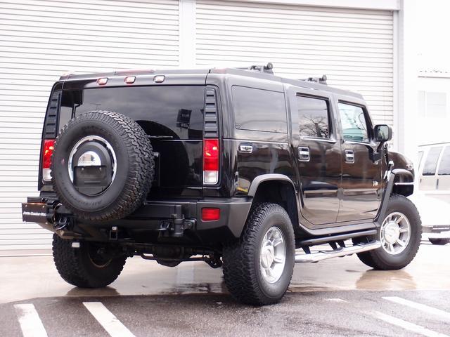 ラグジュアリーパッケージ 新車並行 走行52600km カロッツエリアSD地デジナビゲーション ETC HIDライト 黒革シート サンルーフ 純正17AW オールテレーンタイヤ クロームサイドステップ VIPERセキュリティ(2枚目)