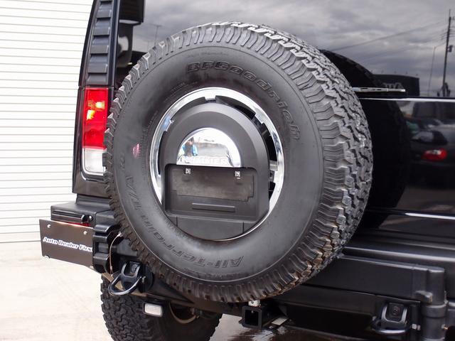 ラグジュアリーパッケージ 新車並行 走行52600km カロッツエリアSD地デジナビゲーション ETC HIDライト 黒革シート サンルーフ 純正17AW オールテレーンタイヤ クロームサイドステップ VIPERセキュリティ(18枚目)