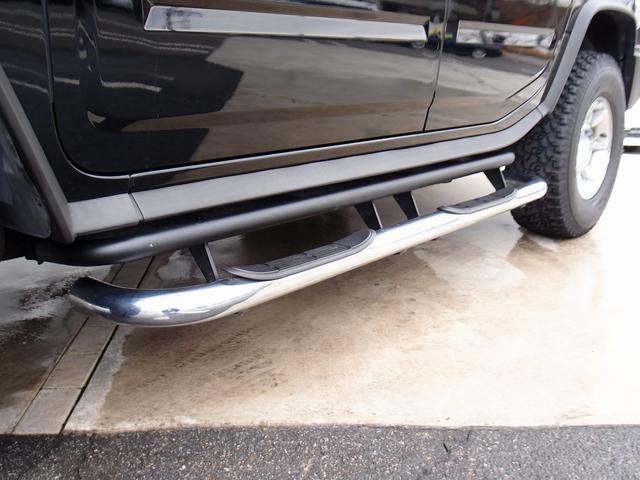 ラグジュアリーパッケージ 新車並行 走行52600km カロッツエリアSD地デジナビゲーション ETC HIDライト 黒革シート サンルーフ 純正17AW オールテレーンタイヤ クロームサイドステップ VIPERセキュリティ(41枚目)