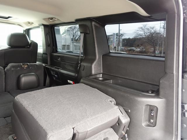 ラグジュアリーパッケージ 新車並行 走行52600km カロッツエリアSD地デジナビゲーション ETC HIDライト 黒革シート サンルーフ 純正17AW オールテレーンタイヤ クロームサイドステップ VIPERセキュリティ(65枚目)