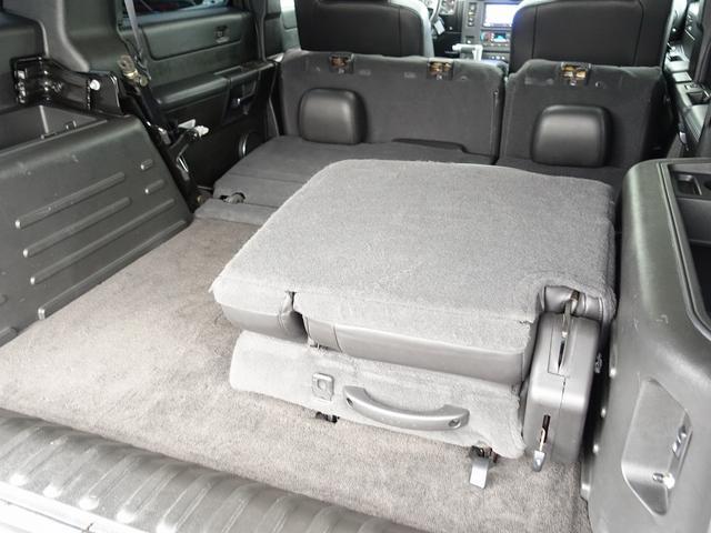 ラグジュアリーパッケージ 新車並行 走行52600km カロッツエリアSD地デジナビゲーション ETC HIDライト 黒革シート サンルーフ 純正17AW オールテレーンタイヤ クロームサイドステップ VIPERセキュリティ(66枚目)