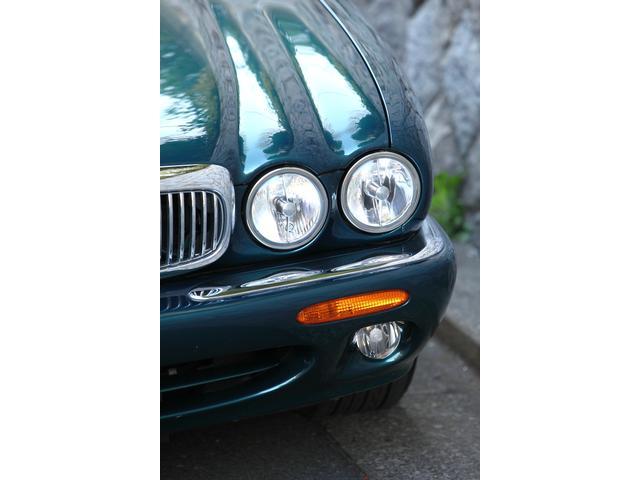 XJ エグゼクティブ3.2-V8(4枚目)