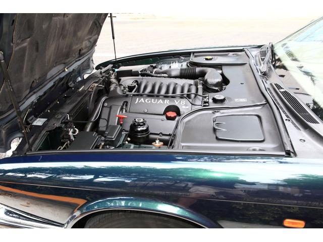 ジャガー ジャガー XJ エグゼクティブ3.2-V8ワンオーナー D整備記録