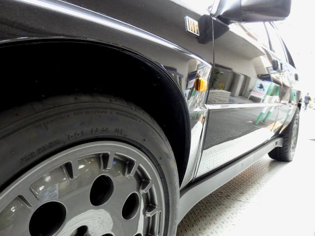 「ランチア」「ランチア デルタ」「コンパクトカー」「東京都」の中古車33
