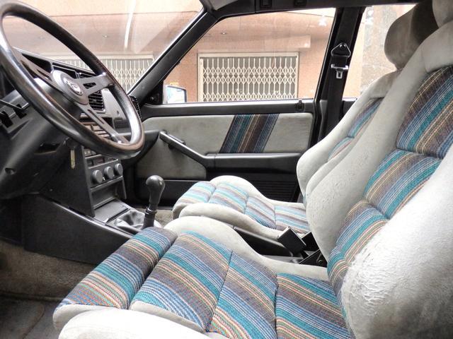 「ランチア」「ランチア デルタ」「コンパクトカー」「東京都」の中古車37