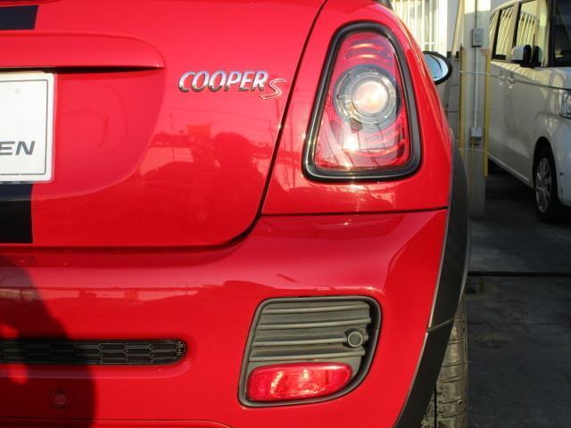 クーパーS クーペ ジョンクーパーワークス エアロキット スポーツシート スポーツボタン 17インチアルミホイール HIDライト コーナーセンサー ETC スペアキー(5枚目)