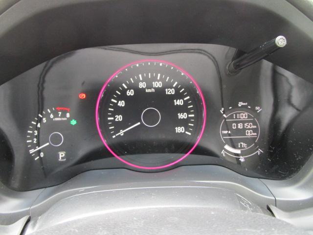 スポーティなメーターで、エコドライブの表示などドライバーを見やすくサポートします★