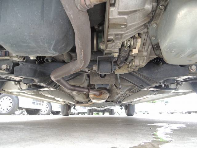ダイハツ タント 福祉車両 後退防止ベルト 電動固定