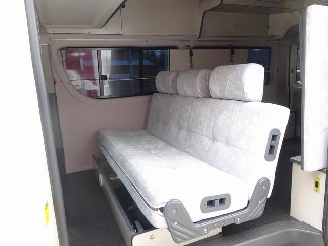 トヨタ ハイエースワゴン セキソーボディ アペックストランポ プルダウンベット