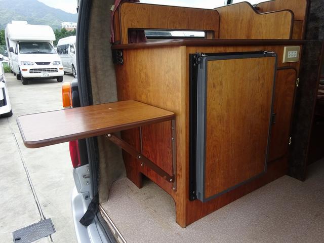 トヨタ グランドハイエース キャンピング レクビィ ベッセル 4WD