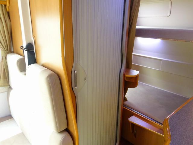 ベースグレード YMS レガード FFヒーター プルダウンベッド DC冷蔵庫 サイドオーニング ギャレーシンク カセットトイレ インバータ(75枚目)