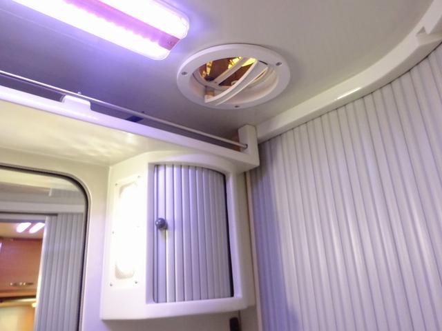 ベースグレード YMS レガード FFヒーター プルダウンベッド DC冷蔵庫 サイドオーニング ギャレーシンク カセットトイレ インバータ(77枚目)