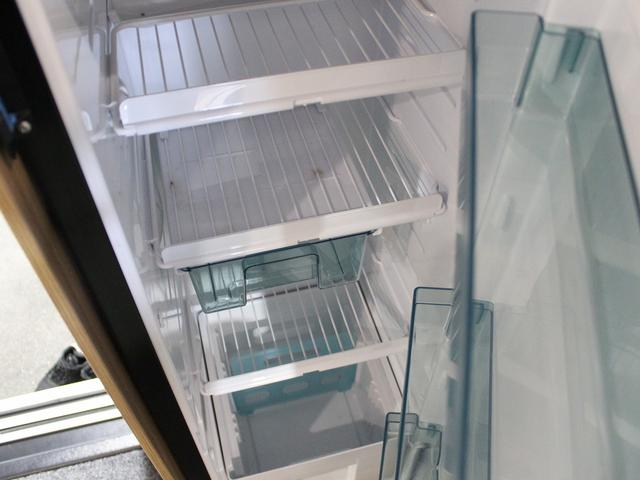 デュカト サンリビングS70CS ルーフエアコン 温水ボイラー 温水シャワー FFヒーター 冷蔵庫 プルダウンベッド アイランドベッド 独立トイレ・シャワールーム(31枚目)