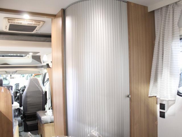 デュカト サンリビングS70CS ルーフエアコン 温水ボイラー 温水シャワー FFヒーター 冷蔵庫 プルダウンベッド アイランドベッド 独立トイレ・シャワールーム(37枚目)