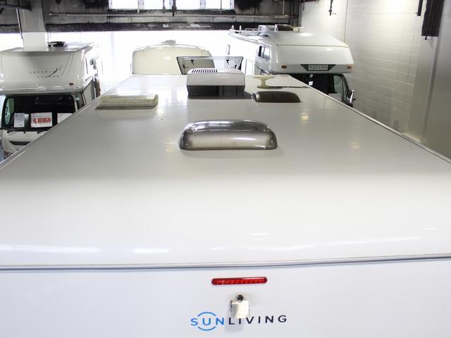デュカト サンリビングS70CS ルーフエアコン 温水ボイラー 温水シャワー FFヒーター 冷蔵庫 プルダウンベッド アイランドベッド 独立トイレ・シャワールーム(75枚目)