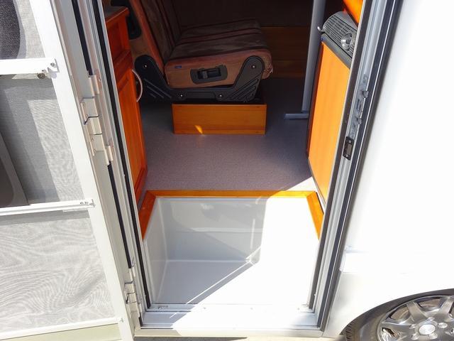 キャンピングカー キャブコン AtoZ アレン FFヒーター 1500Wインバーター 冷蔵庫 電子レンジ サブBT 走行充電 外部電源・充電 キーレス ナビ Bカメラ ETC 後席モニター(68枚目)