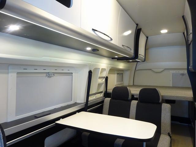 キャンピングカー バンコン ハイエース トイファクトリー バーデン アルタモーダ ソーラー FFヒーター 1500Wインバーター オーニング レンジ 冷蔵庫 ツインサブBT レカロシート(42枚目)