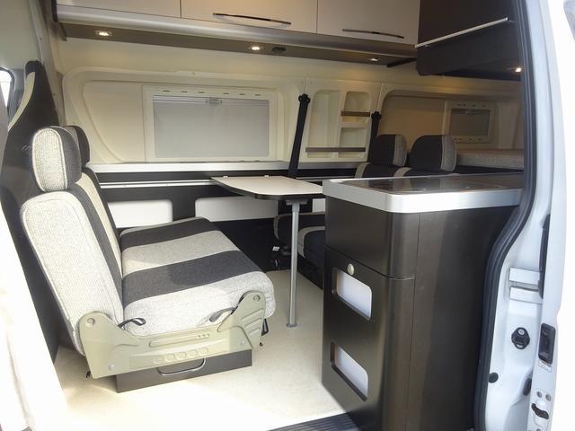 キャンピングカー バンコン ハイエース トイファクトリー バーデン アルタモーダ ソーラー FFヒーター 1500Wインバーター オーニング レンジ 冷蔵庫 ツインサブBT レカロシート(52枚目)