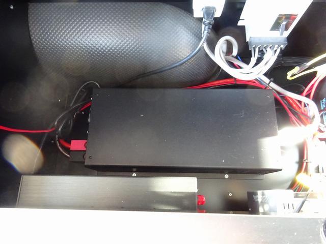 キャンピングカー バンコン ダイレクトカーズ製 冷蔵庫 サブBT 走行充電 外部電源・充電 冷蔵庫 シンク・ポリ容器 8ナンバー レンジ ベンチシート リアクーラー・ヒーター インバーター(59枚目)