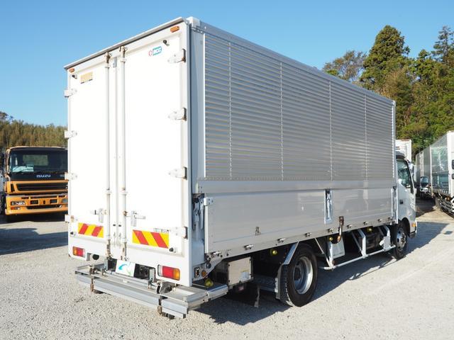 格納パワーゲート 冷凍ウィング ワイド 積載3.2トン(3枚目)