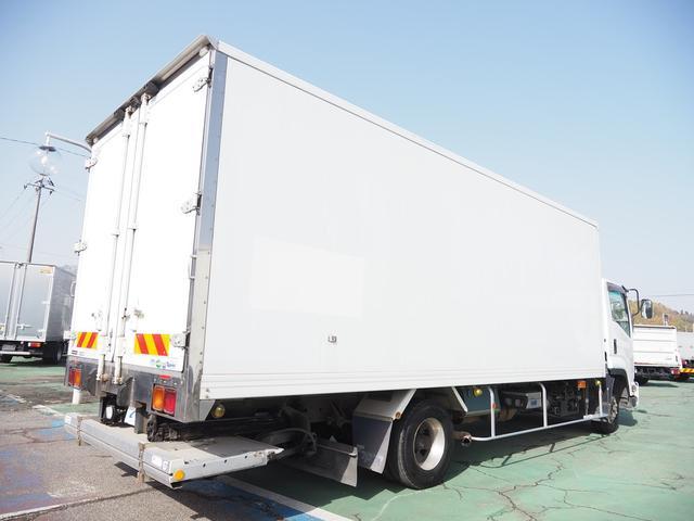 格納パワーゲート付 積載2.9トン 6速マニュアル ワイドボデー(2枚目)